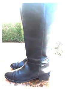 !PERFECT! UNISA Black Leather Boots